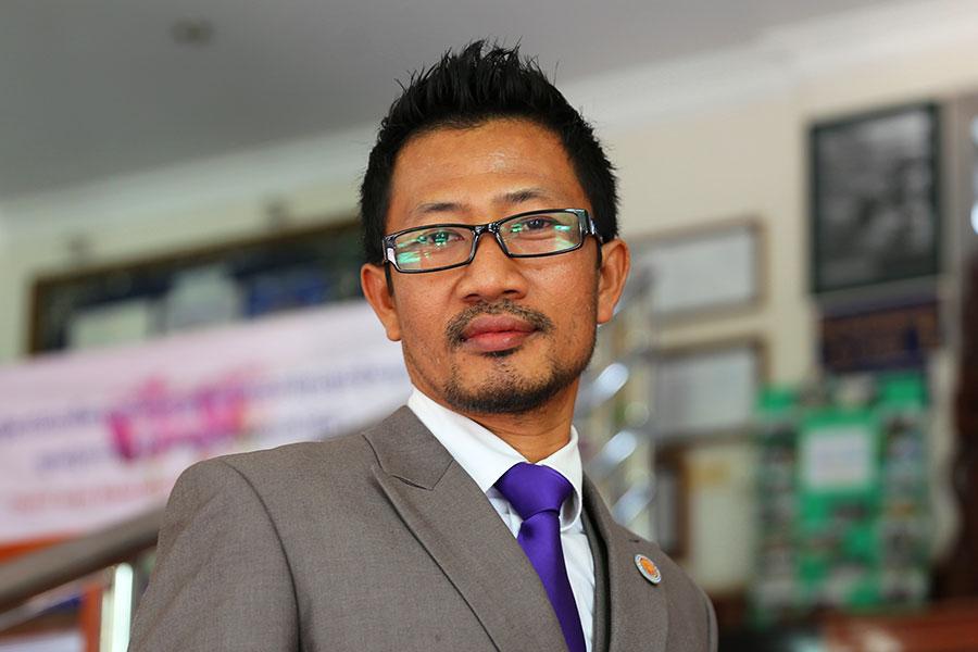 Khmer Teacher - Cambodia - Dr Steven Andrew Martin - International Education and Learning